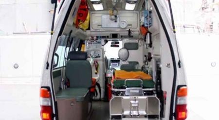 إجراء عملية ولادة لسيدة داخل سيارة إسعاف الدفاع المدني في المفرق